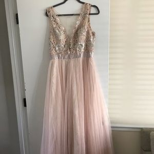 Dresses & Skirts - Pink and Champagne Bridesmaid Dress